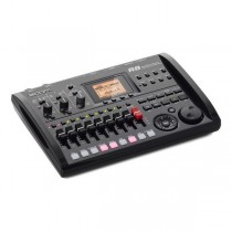 Zoom R8 recorder, interface, DAW, sampler